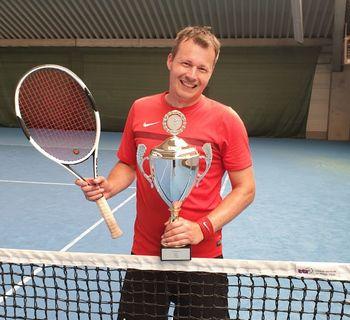Tischtennis goes Tennis
